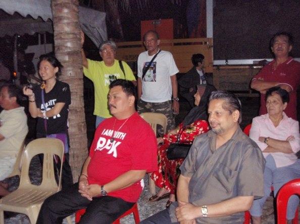 Some of the Barisan Rakyat team listening intently