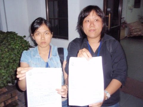 Wei See and Shaua Fui with their reports