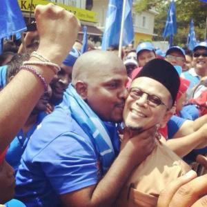 zul noordin dicium lelaki India
